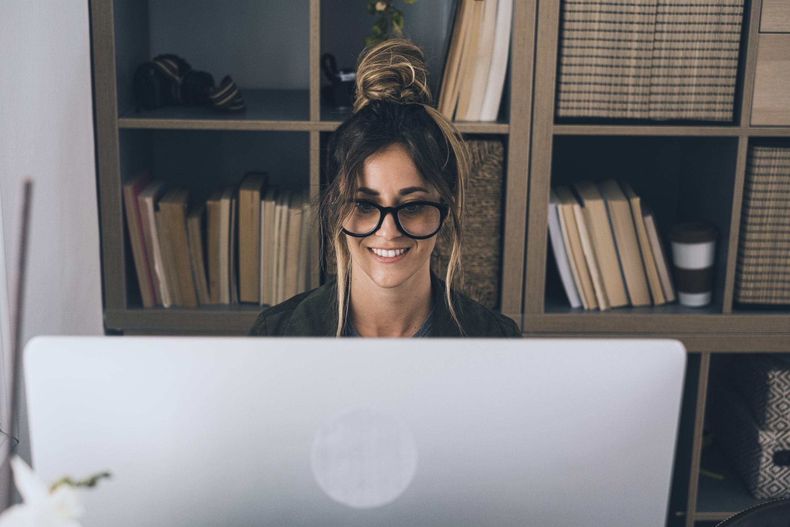 Video conference call in online smart working remote work job home office activity with pretty middle age woman enjoying online modern technology and internet connection to be free - businesswoman